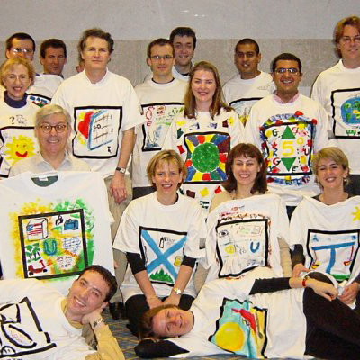 T-Shirt Masterpiece Creative Challenges Team Building Programmes